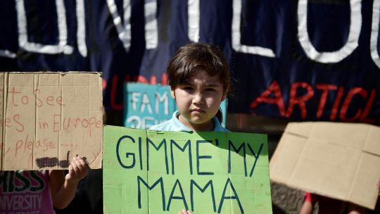 child refugees protest family reunification