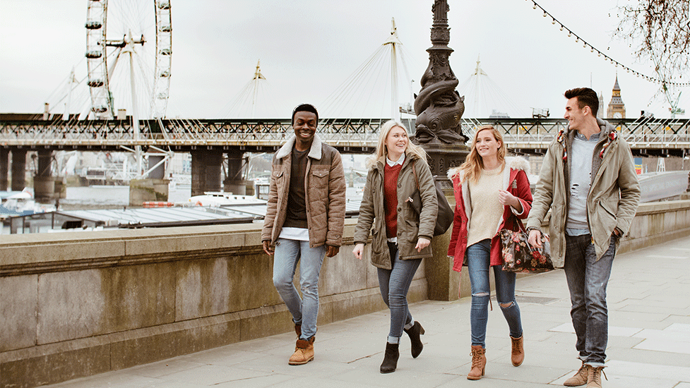 Students walking in London | European students will now have to fund their own studies in the UK without Erasmus scheme